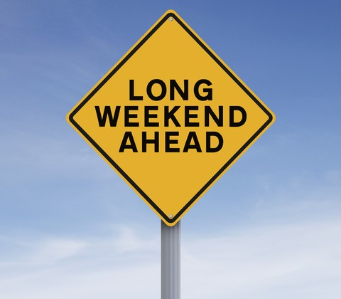 © Rnl | Dreamstime.com - Long Weekend Ahead Photo